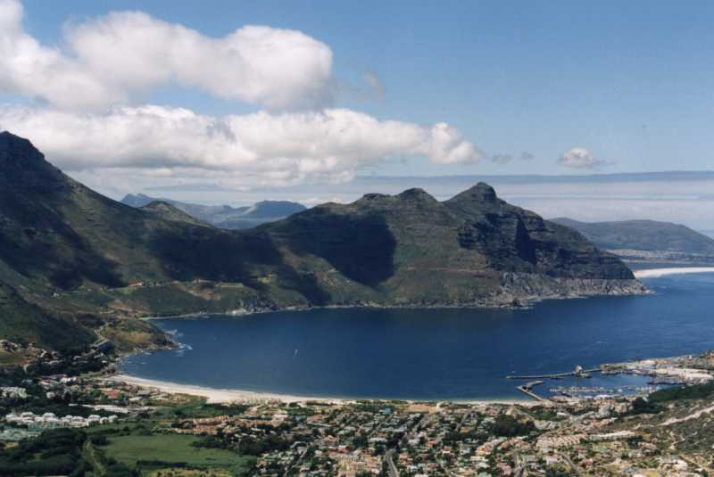 The image http://www.capetownskies.com/9268/24_hout_bay_chapmans_llhd.jpg cannot be displayed, because it contains errors.
