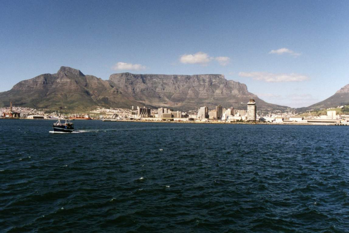 Gordo 39 s wallpaper size favourites page 2 - Table mountain wallpaper ...